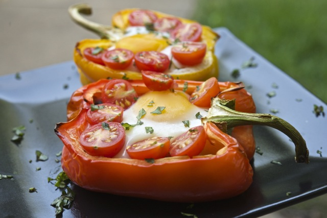 Baked Eggs in a Bell (Pepper)